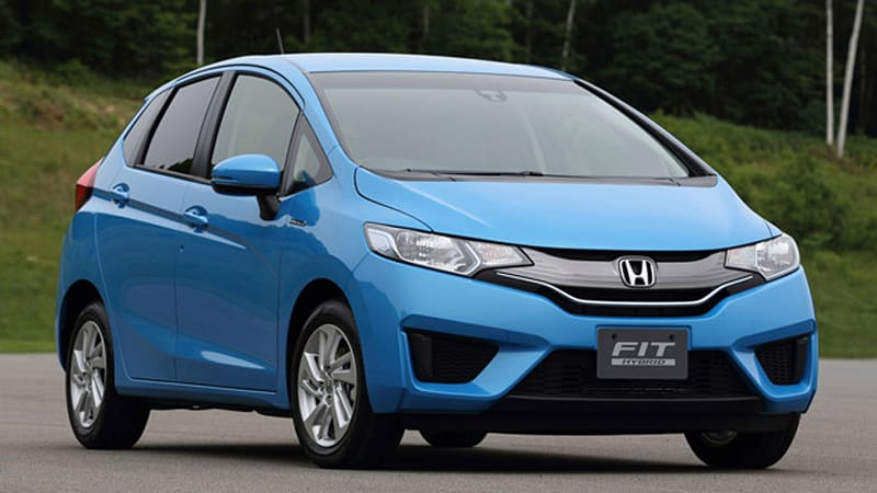 new honda fit ousts toyota prius as japan 39 s top selling car last month autoblog. Black Bedroom Furniture Sets. Home Design Ideas