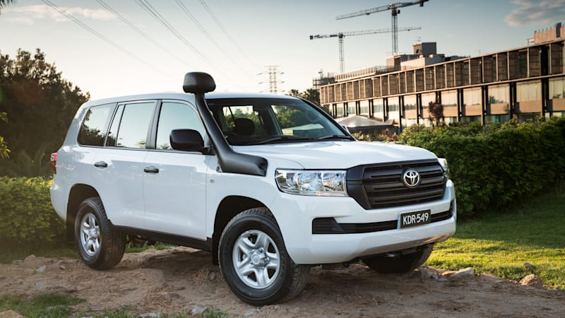 Toyota Certified Pre Owned 2 >> Toyota still builds a serious off-road Land Cruiser - Autoblog