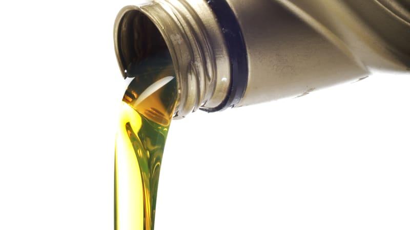 Synthetic Oil Vs Regular Oil >> Is Synthetic Oil Better Autoblog