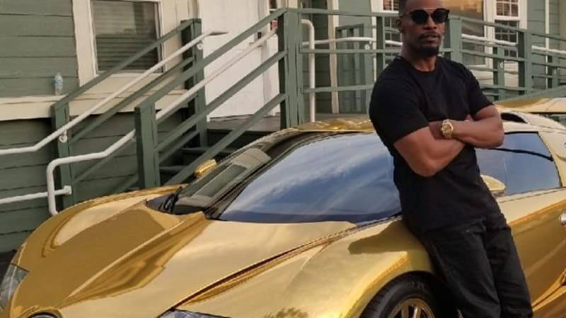 jamie-foxx-and-his-golden-bugatti-veyron_100609085_m.jpg
