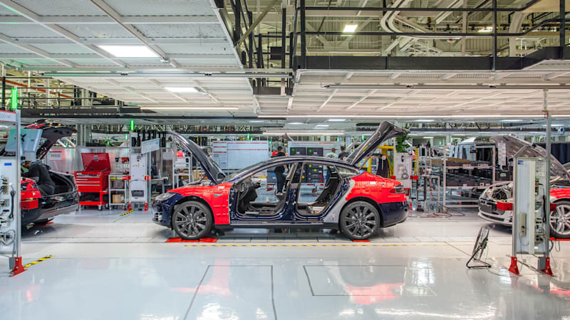 Elon Musk announces reorg as Tesla engineering chief goes on leave