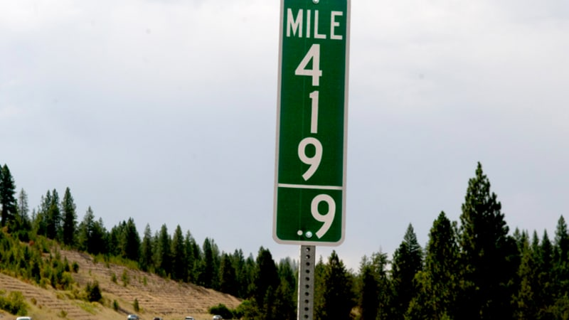 Stoners are stealing '420' mileposts - Autoblog