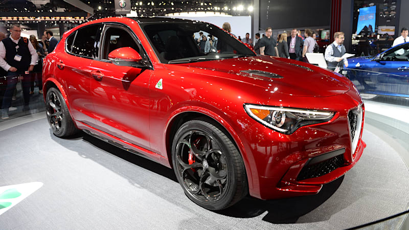 2018 alfa romeo stelvio is like a taller more practical giulia autoblog. Black Bedroom Furniture Sets. Home Design Ideas