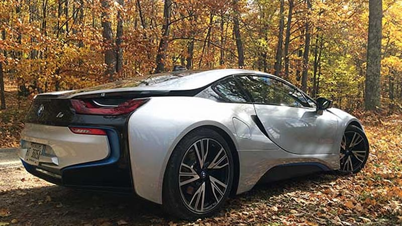 2015 bmw i8 sets everyone 39 s tongues wagging in northern michigan autoblog. Black Bedroom Furniture Sets. Home Design Ideas