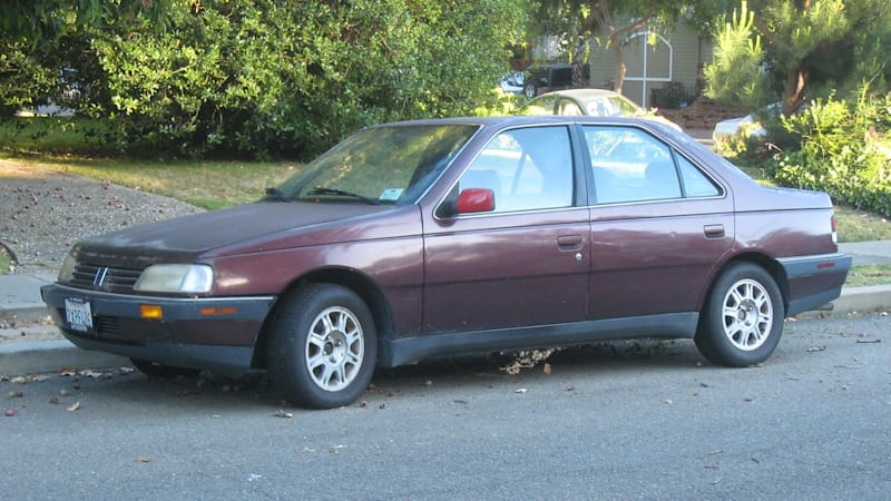 The Last Mainstream Car Sold In United States Bearing Badges Of A French Marque Was 1991 Peugeot 405 Oh Sure Renault Dna Lived On Chrysler
