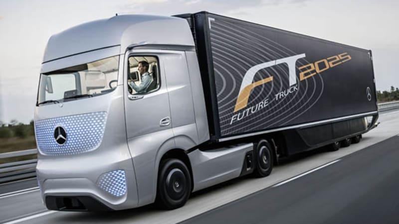 Mercedes future truck 2025 envisions self driving big rigs for Mercedes benz autopilot