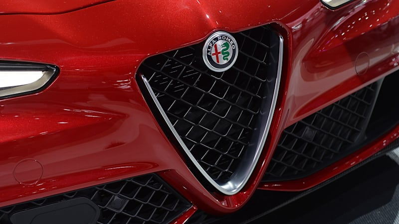 alfa romeo giulia based coupe is reportedly in the works autoblog. Black Bedroom Furniture Sets. Home Design Ideas