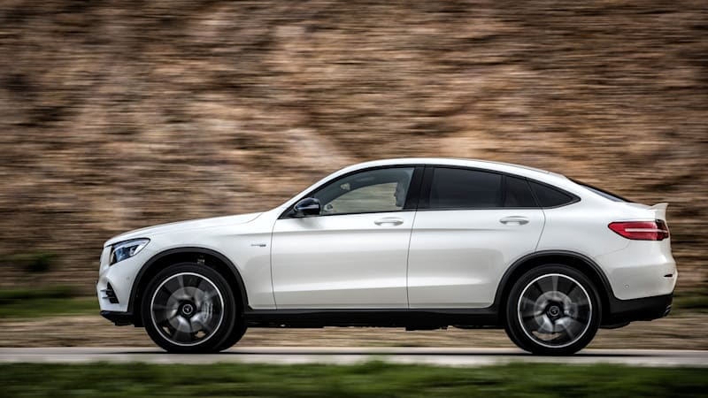 a faster fastback 2017 mercedes amg glc43 coupe first drive autoblog. Black Bedroom Furniture Sets. Home Design Ideas