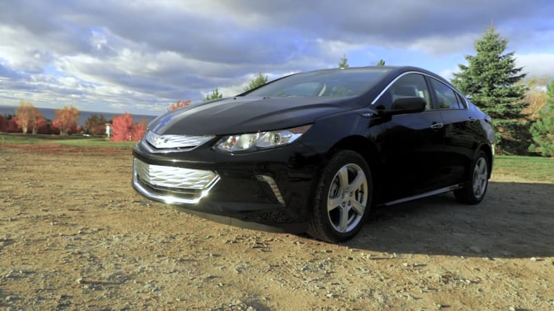 2016 Chevrolet Volt Beauty-Roll
