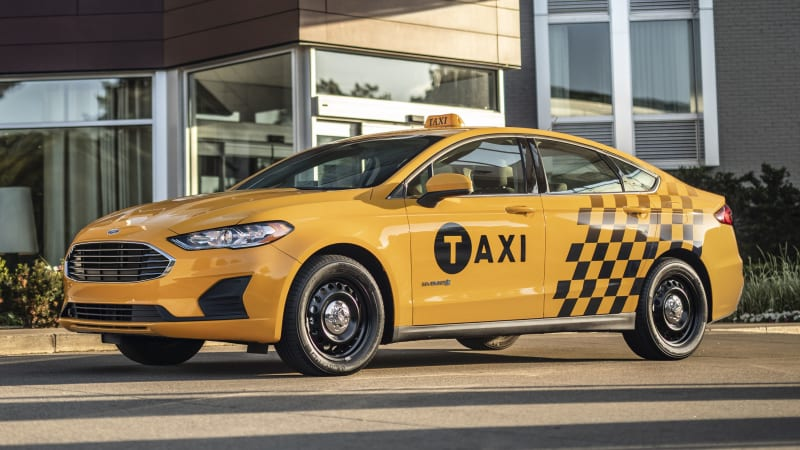 photo image Ford Fusion hybrid and diesel Transit Connect taxis revealed