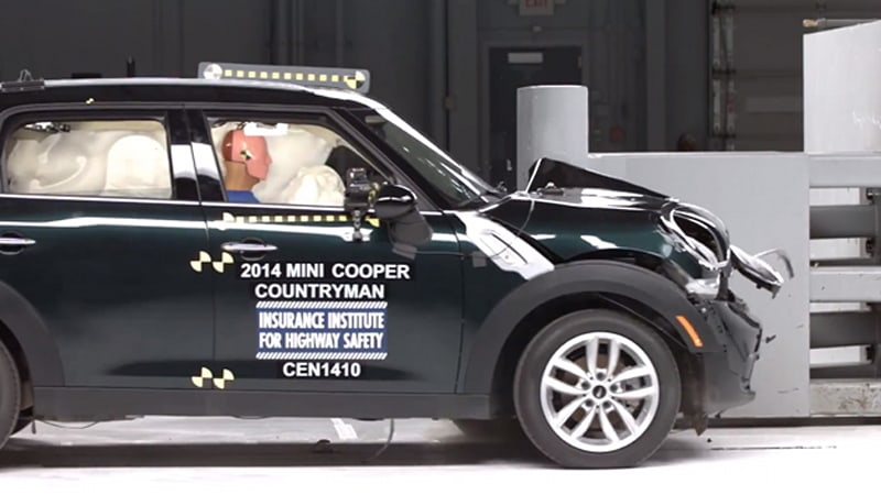 Mini Cooper Countryman Only Small Car To Earn Good Grade In Latest Iihs Crash Tests W Video Autoblog