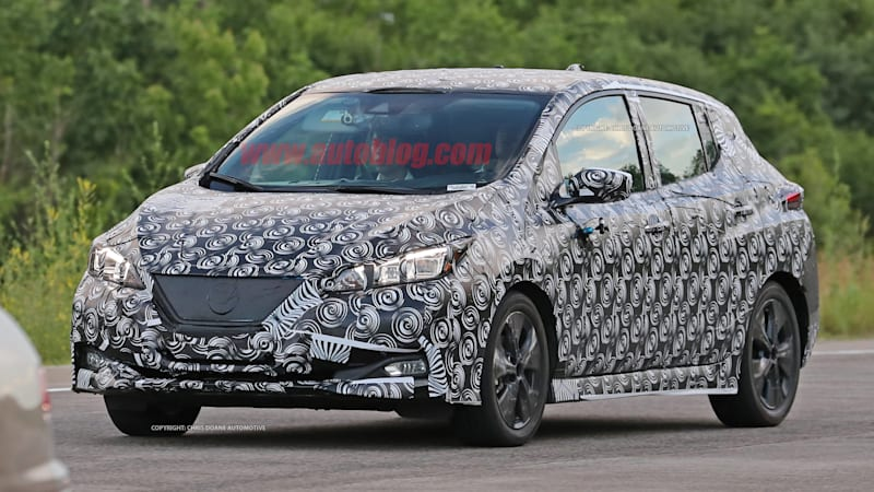 2018 Nissan Leaf spied with hardly any camouflage