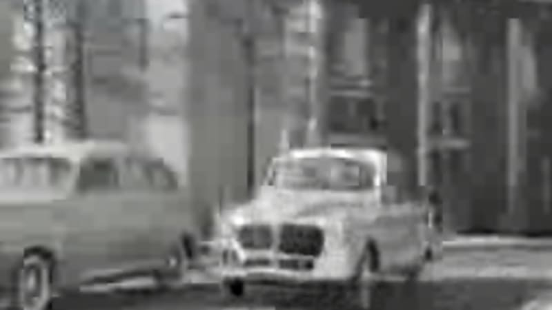 In the 1930s and 1940s Henry Ford developed a car body that was made from from hemp fiber and now YouTube has a video of it (and everything else). & Fordu0027s 1930s Hemp Car on YouTube - Autoblog markmcfarlin.com