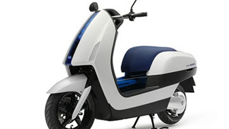 Yamaha to unveil hydrogen fuel-cell scooter at EVS-22   Autoblog