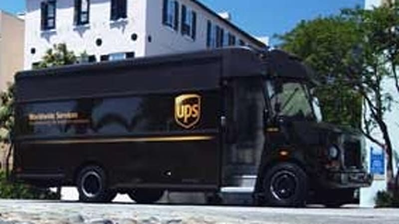 UPS expects to save $600 million by favoring right hand