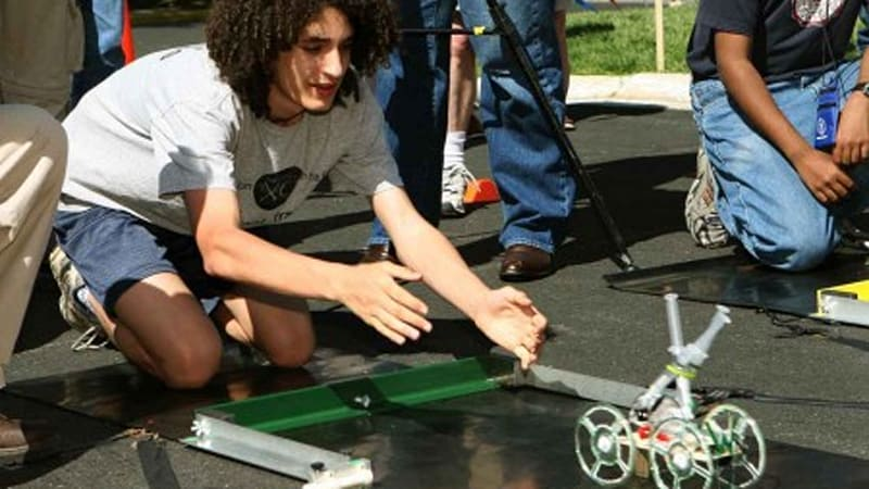 National Science Bowl finals to include Hydrogen Fuel Cell Model Car