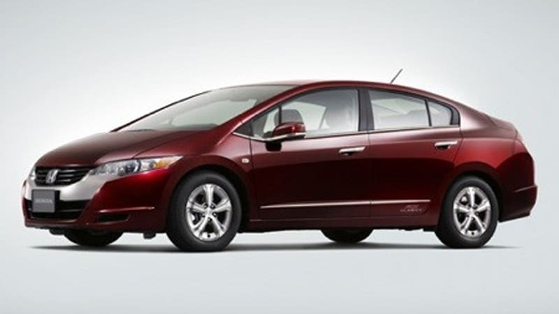 The Japanese Version Of Hydrogen Powered FCX Clarity And Announced That Sleek Burgundy Sedan Will Be Available For Lease In Hondas Home Country