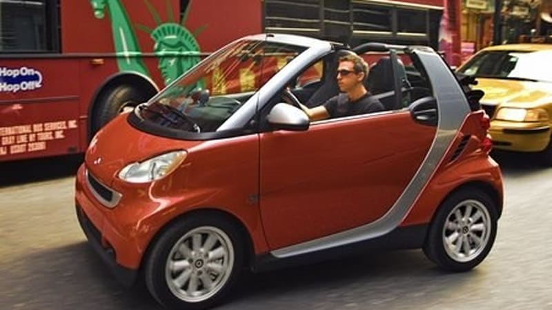 The Smart Fortwo Has Only Been On In U S Market For 9 Months But Company Is Already Preparing To Refresh It 2010