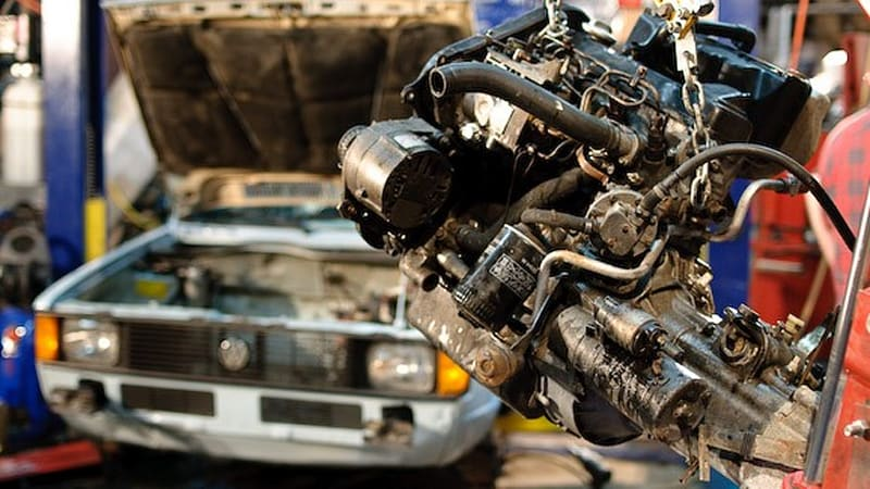 Top Gear US shows us how to perform a TDI engine swap | Autoblog