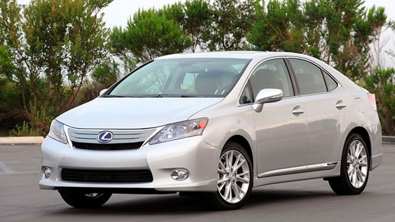 Report: Toyota brake problems expanding to Lexus HS hybrid, Prius