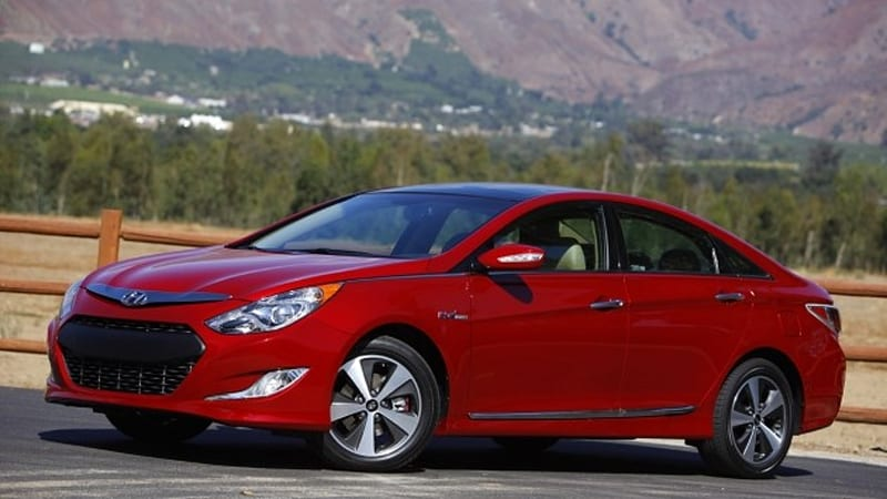 report hyundai not head over heels for plug in vehicles autoblog. Black Bedroom Furniture Sets. Home Design Ideas