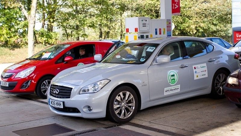 Infiniti M35h Only Hybrid To Beat Its Mpg Rating In Fuel Economy