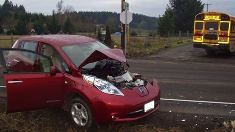 Nissan Leaf Rear Ends School Bus In Oregon Results Minor Injuries But No Fire