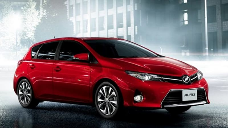 New Toyota Auris launches in Japan with start/stop, 45 mpg | Autoblog