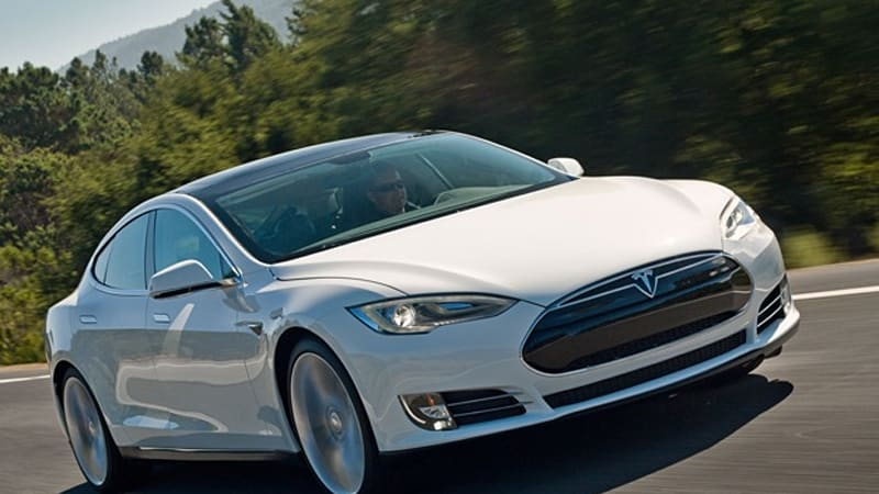 a closer look at tesla model s battery pack replacement costs autoblog. Black Bedroom Furniture Sets. Home Design Ideas