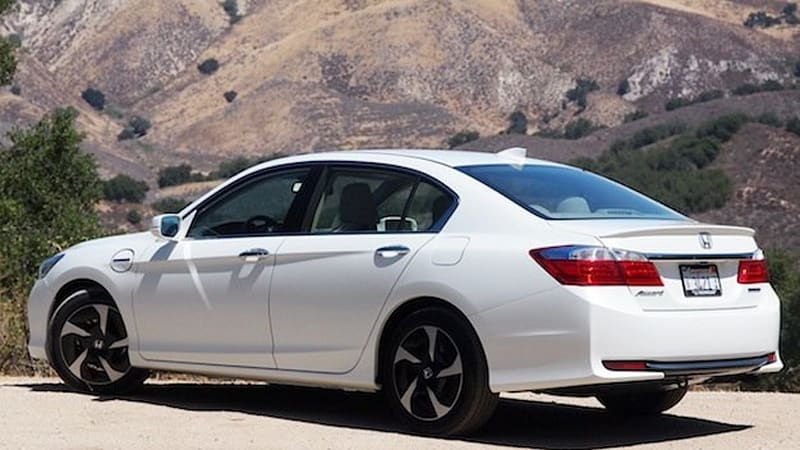 In June Honda Will Launch Its New Accord Hybrid Sedan An And Claims It Get 29 Kilometers Per Liter Of Gasoline Or The Equivalent 68 Miles