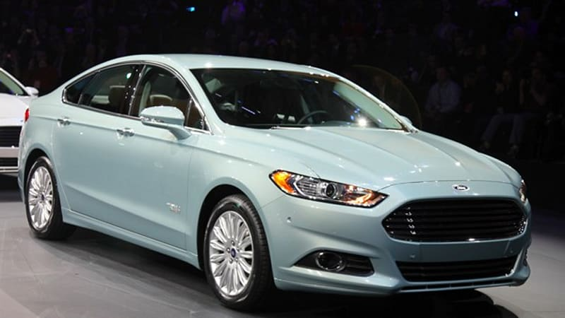 timeless design e3ab1 b9e03 The approval of the Ford Fusion Energi plug-in hybrid for California  carpool lanes puts the Blue Oval into the winner s circle  tied with Toyota  for the ...