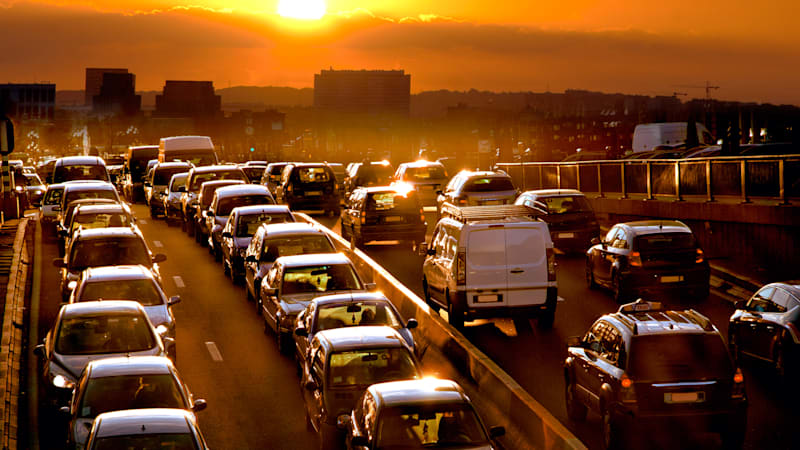 car-traffic-against-the-sunset-1.jpg