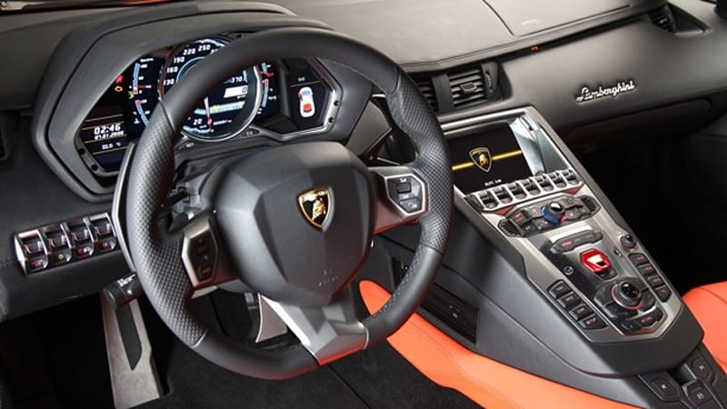 Watch This Lamborghini Aventador\u0027s dash, nav shows MMI