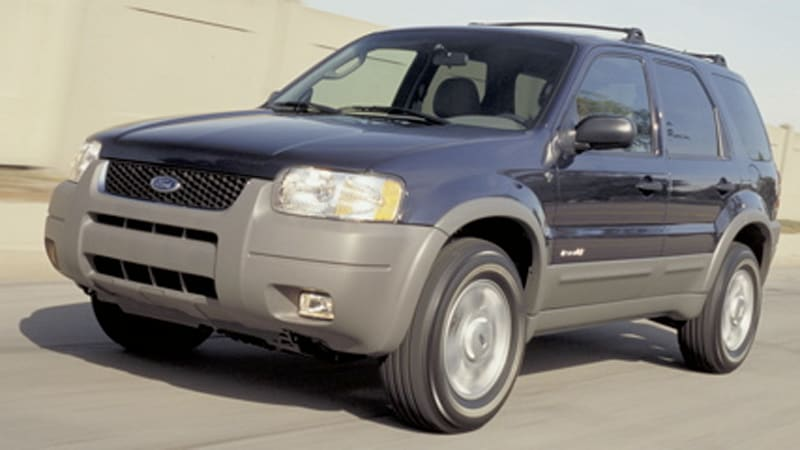 Ford Recalls 500 000 Escapes After Engine Fires Reported