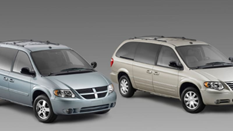 chrysler group recalling 270 000 minivans to fix airbag. Black Bedroom Furniture Sets. Home Design Ideas