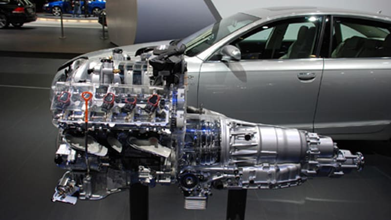 La 2007 Audi S 5 2l V10 Fsi Engine On Display Autoblog