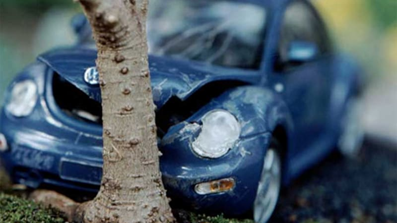 Slow Motion Car Crash Commercial