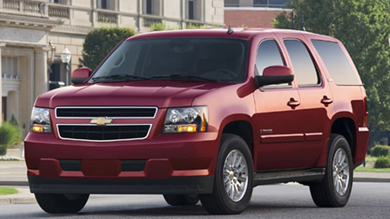 Chevy Tahoe And Gmc Yukon Hybrids Get A Price 50 490 53 775