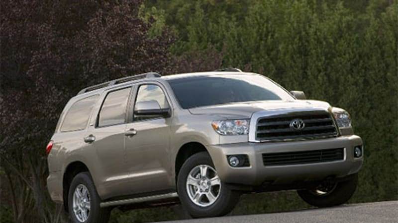 more capable 2008 toyota sequoia now a little more expensive autoblog rh autoblog com toyota sequoia 2008 owners manual 2010 Toyota Sequoia