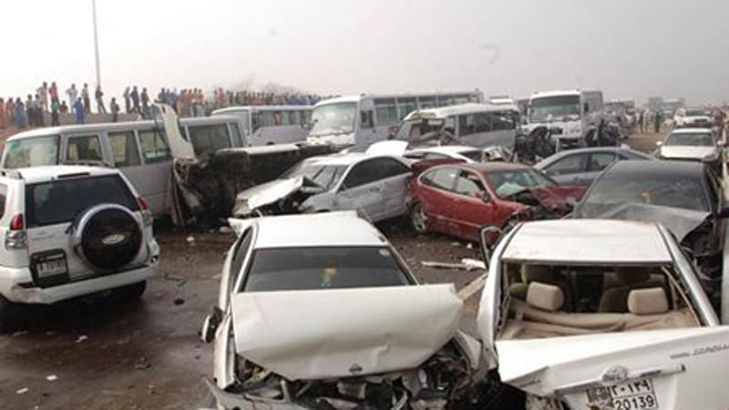 Accident involving 200+ cars occurs on Abu Dhabi-Dubai