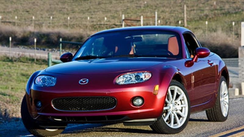 review 2008 mazda mx 5 miata retractable hard top autoblog. Black Bedroom Furniture Sets. Home Design Ideas