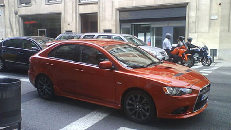 Spy Shots Mitsubishi Lancer Sportback Ralliart sneaks out ahead