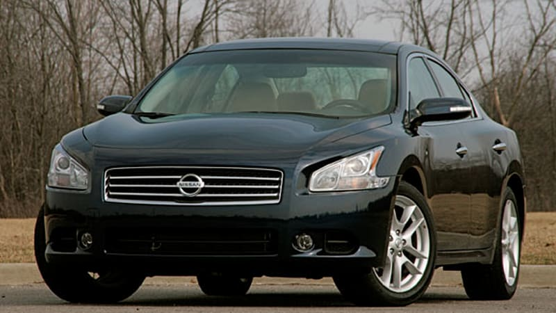 Review: 2009 Nissan Maxima, return of the four-door sports car