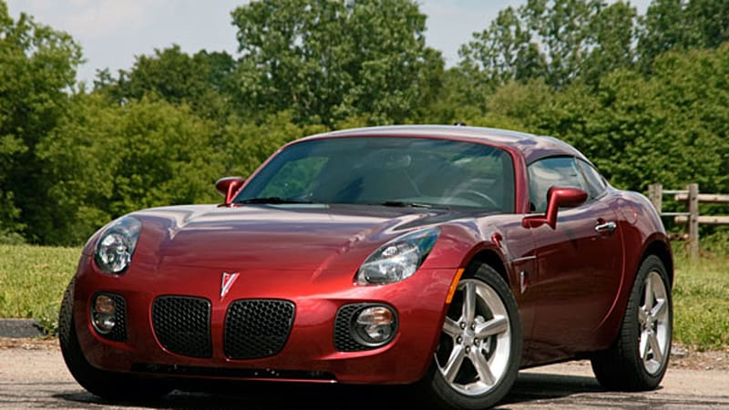 Review Pontiac Solstice Gxp Coupe Goes Quick Just Don T Look Back