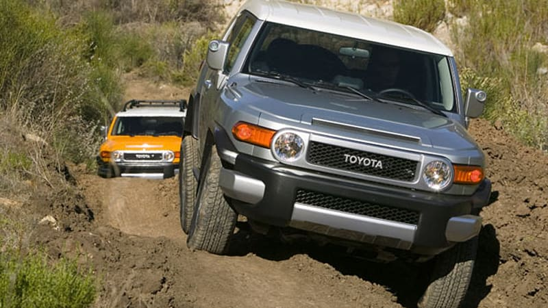 Toyota announces pricing for 2010 models, upgraded engine