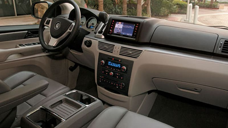 Volkswagen Routan recalled for    *magic 8-ball shake