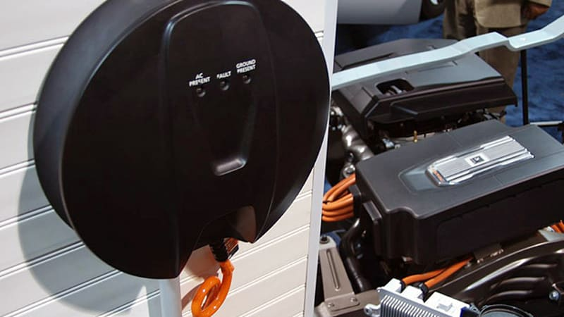 Gm Shows Off 120v And 240v Chargers For 2017 Chevy Volt