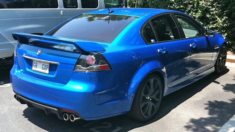 Pontiac G8 GXP spotted wearing HSV duds in Cali - Autoblog