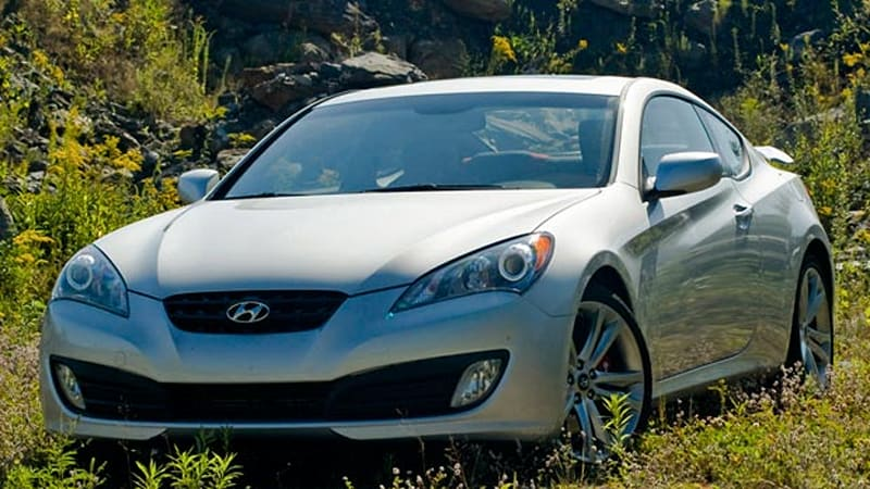 Review: 2010 Hyundai Genesis Coupe 2.0T Track Makes More Out Of Less    Autoblog