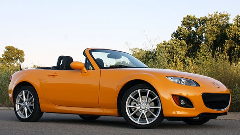 review 2009 mazda mx 5 miata is still the drive of our childhood dreams autoblog. Black Bedroom Furniture Sets. Home Design Ideas